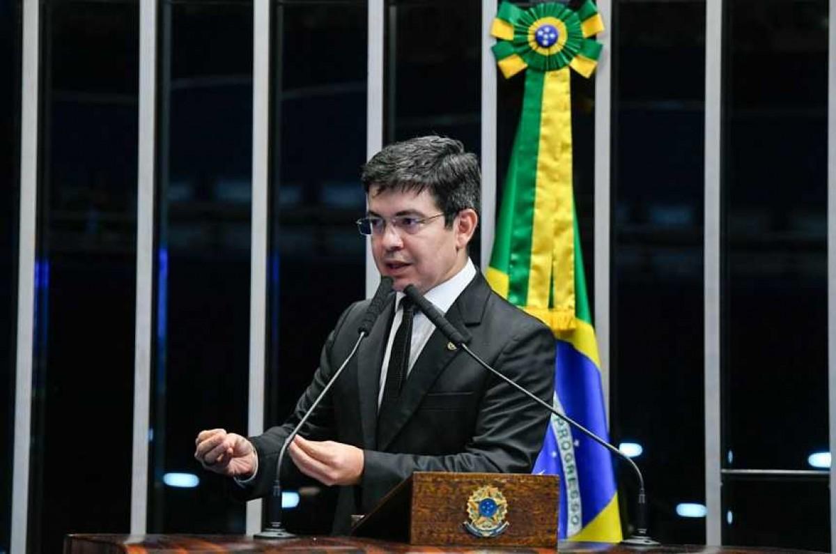 Randolfe Rodrigues apresenta queixa-crime contra Bolsonaro por difamação (Foto de arquivo: Marcos Oliveira/ Agência Senado)