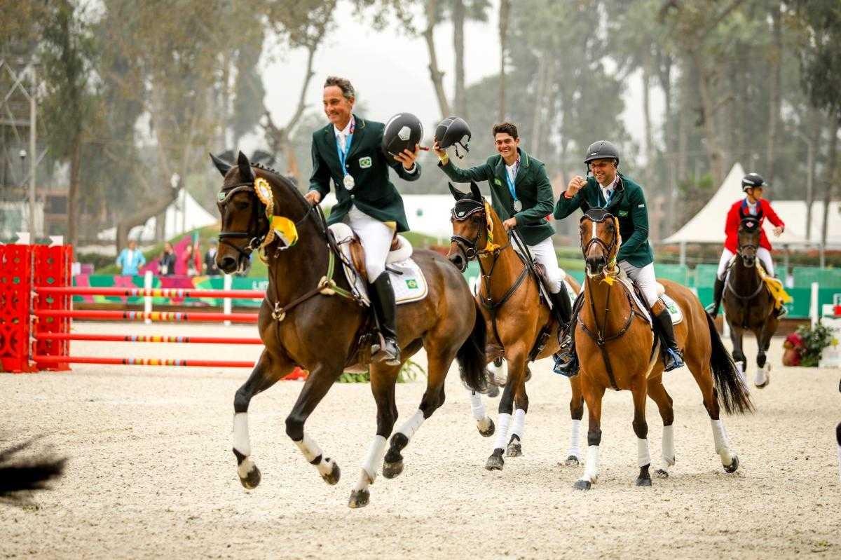 Brasil conquista a prata e a vaga olímpica por equipes no hipismo CCE nos Jogos Pan-americanos (Foto: Luis Ruas/ CBH)