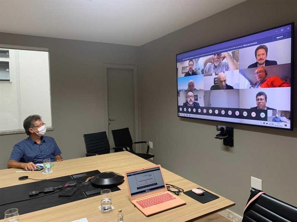 """Laércio Oliveira debate proposta """"Simplifica já"""" que incentiva as pequenas empresas e empregos (Foto: Site Laércio Oliveira)"""