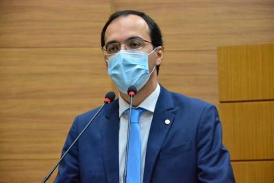 Georgeo Passos destaca operações realizadas pela Polícia Federal e Deotap na Secretaria da Saúde (Foto: Assessoria Georgeo Passos)