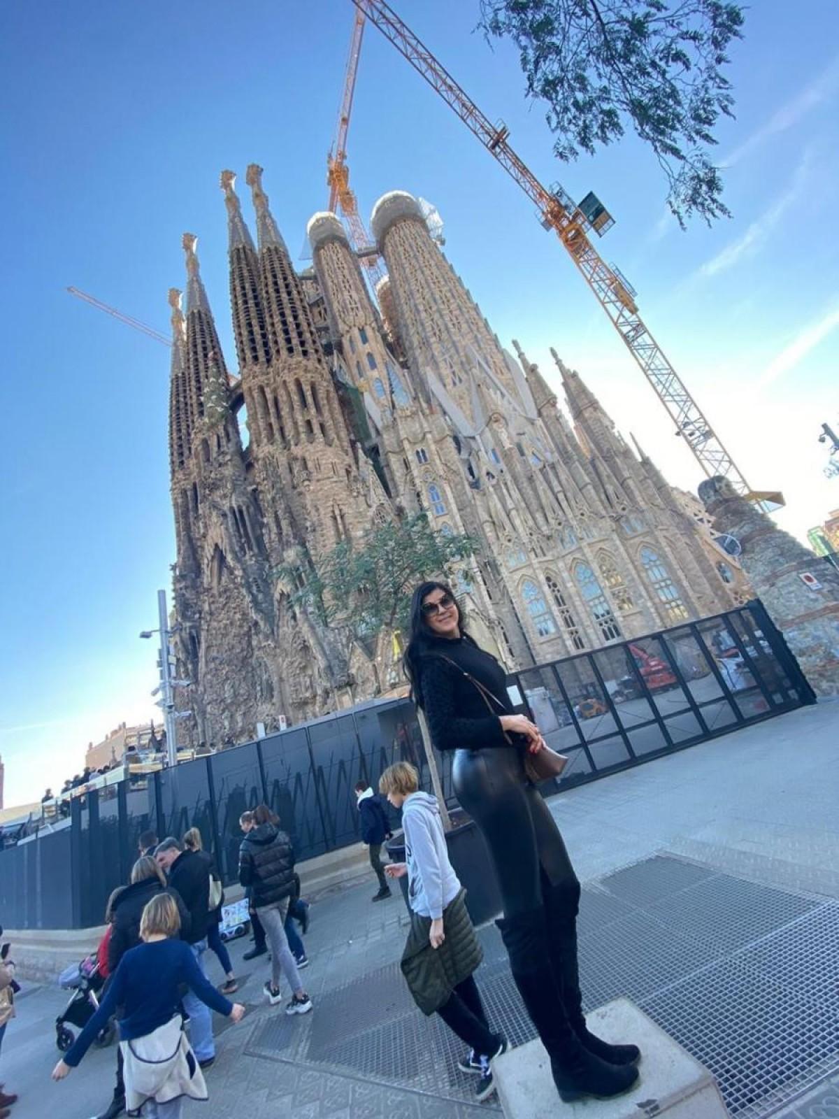 Sagrada Família: obra-prima do Gualdí, ainda em construção (Foto: Carla Passos)