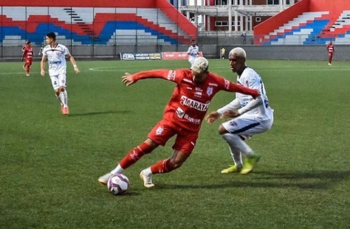 Times marcaram seus gols na primeira etapa, na Arena Cajueiro (Foto: Lucas Vasconcelos/ CS Sergipe)