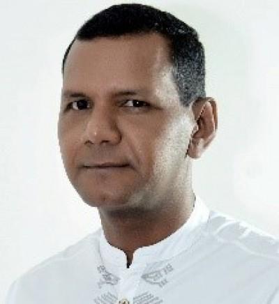 Professor-doutor Elias Souza dos Santos, egresso do PPED e integrante do Grupo de Pesquisa em História da Educação no Nordeste (GPHEN/Unit) - Foto: Assessoria de Imprensa Unit