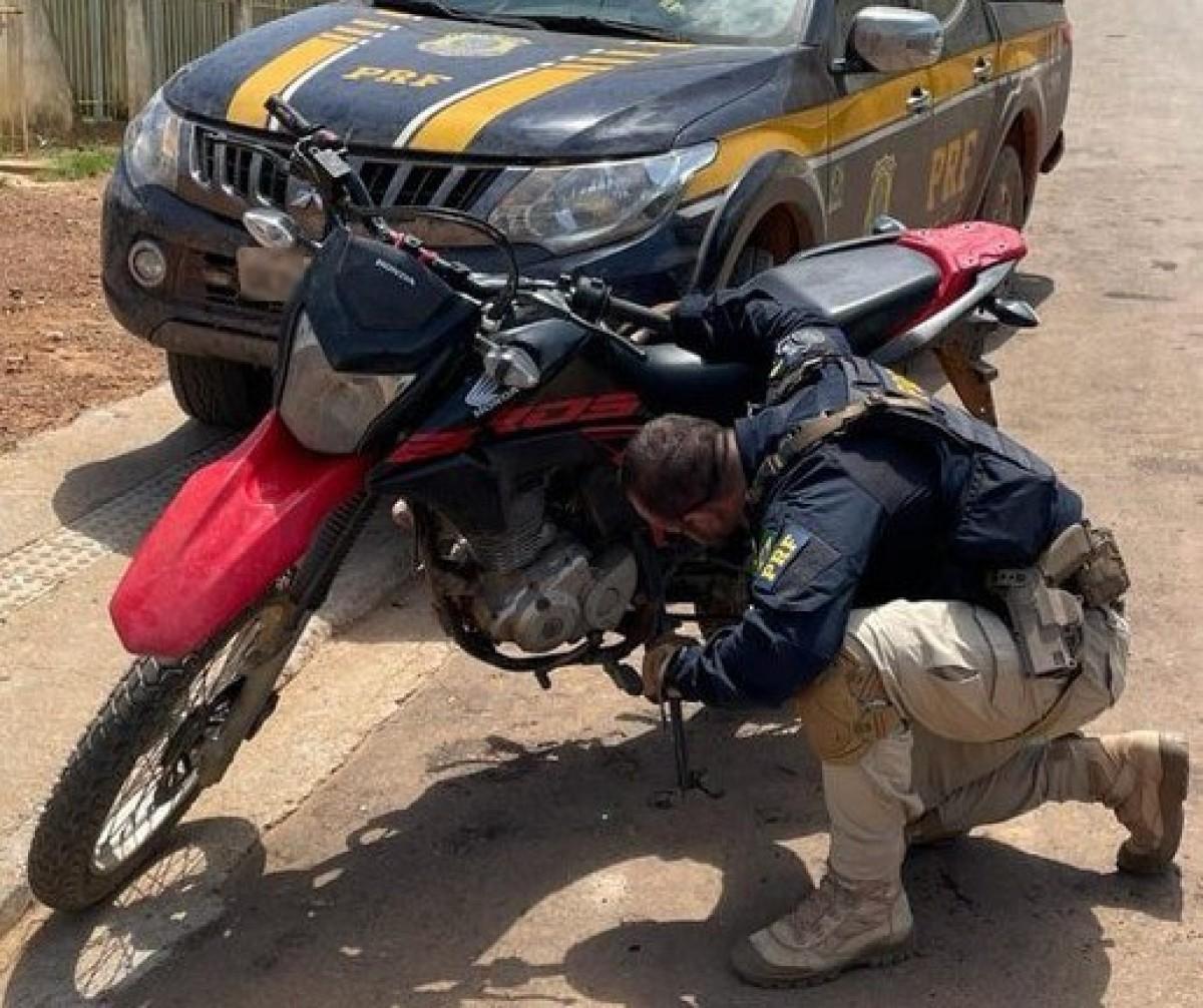 Nossa Sra. do Socorro/SE: PRF localiza veículo roubado um dia antes (Foto: PRF/SE)