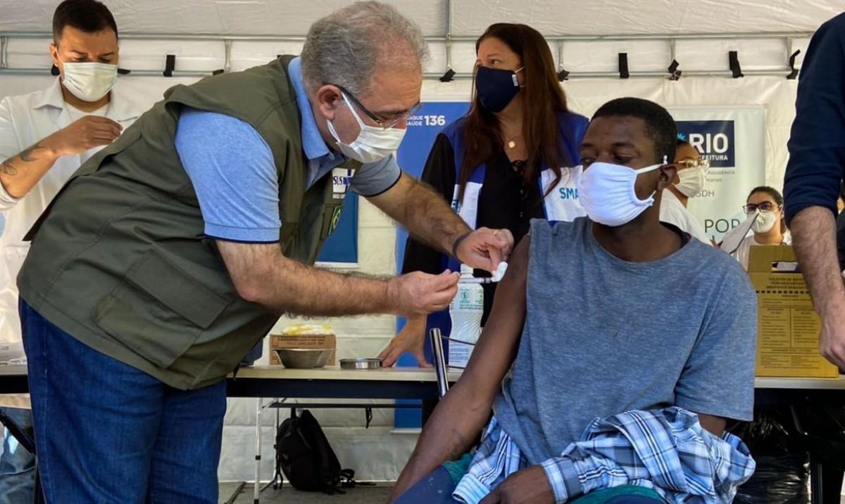 Brasil aplica mais de 2,56 milhões de doses de vacina em 24 horas (Foto: Reprodução/ Twitter/ Marcelo Queiroga)