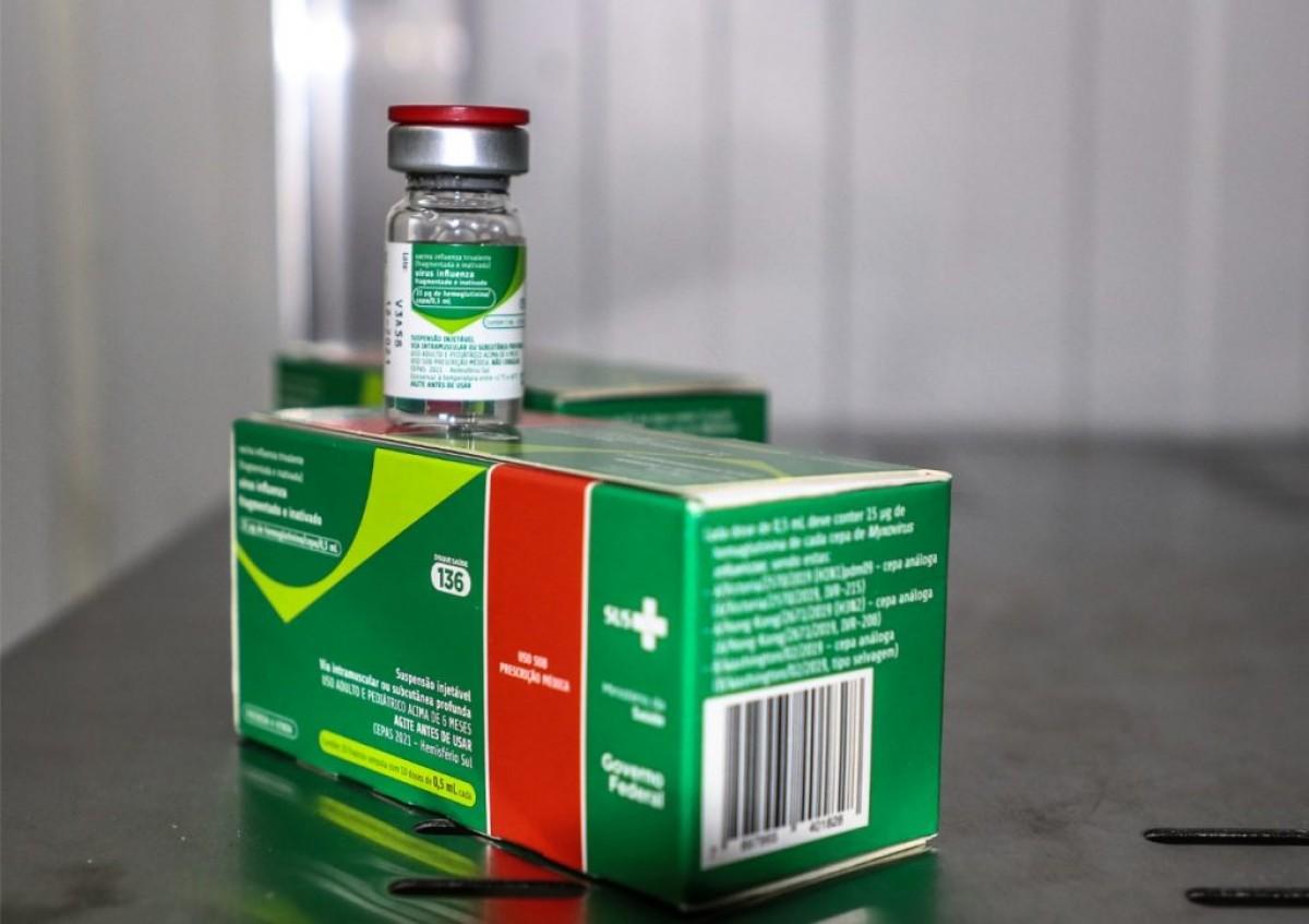 Saúde distribui 100% das vacinas contra a influenza para os municípios (Foto: SES/SE)