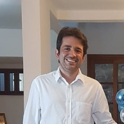 Antônio Wellington lança seu segundo livro (Foto: Adepol/SE)