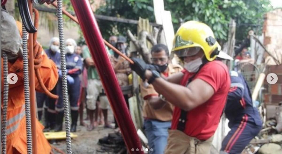 Duas guarnições trabalharam no resgate (Foto: Corpo de Bombeiros)