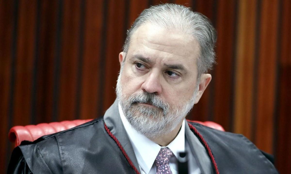 Presidente Bolsonaro indica Aras para novo mandato na PGR (Foto: Roberto Jayme/ TSE)