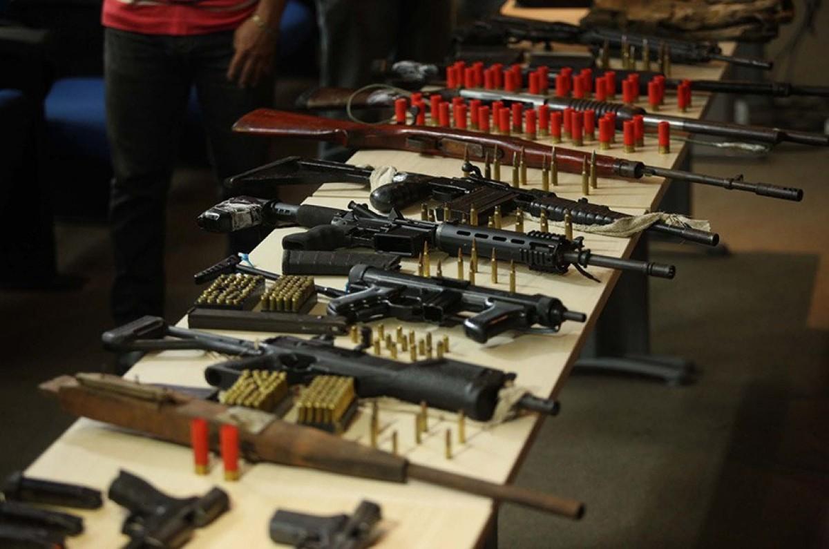 Armas e munição apreendidas em operação policial em complexo penitenciário no Pará, em 2019 (Foto: Thiago Gomes/ Agência Pará)