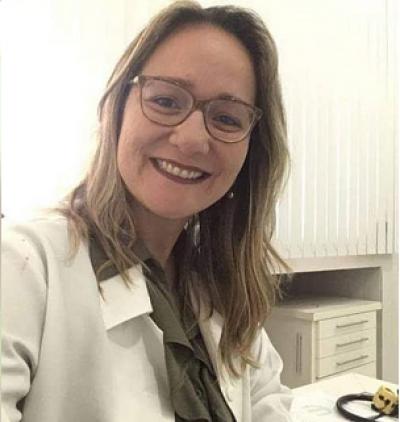 Pneumologista cooperada Unimed Sergipe, Ana Paula Argolo (Foto: AGÔ - Comunicação Estratégica)