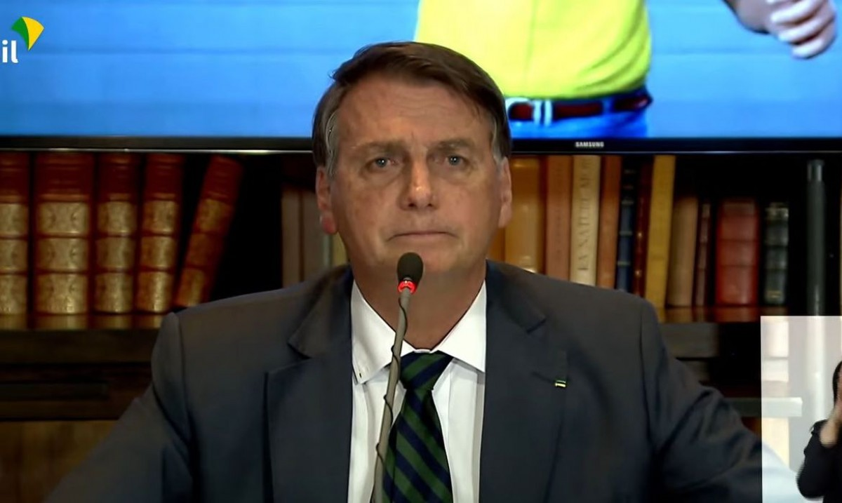Presidente Jair Bolsonaro abre live para cobertura da imprensa (Imagem: Reprodução/ TV Brasil)