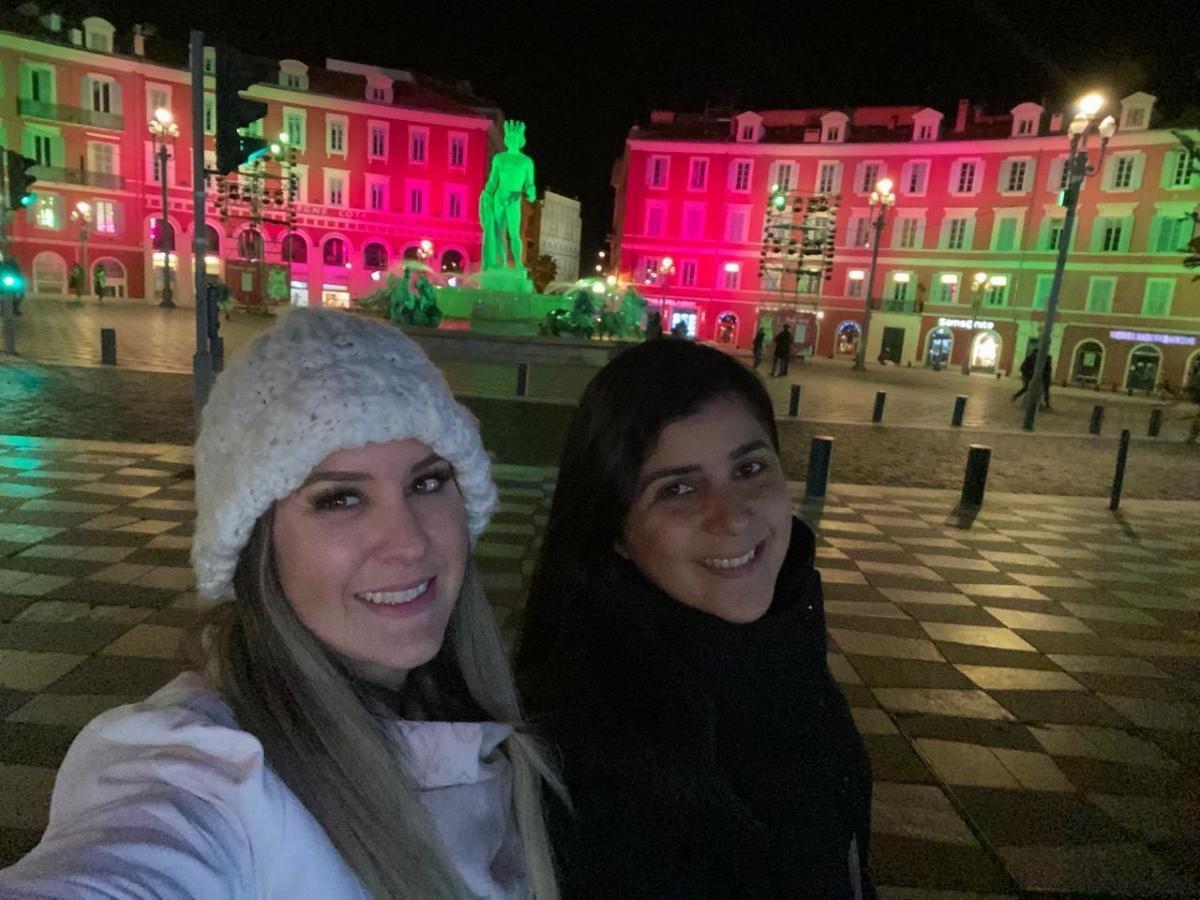 Conhecendo a decoração de Natal de Nice (Foto: Carla Passos)