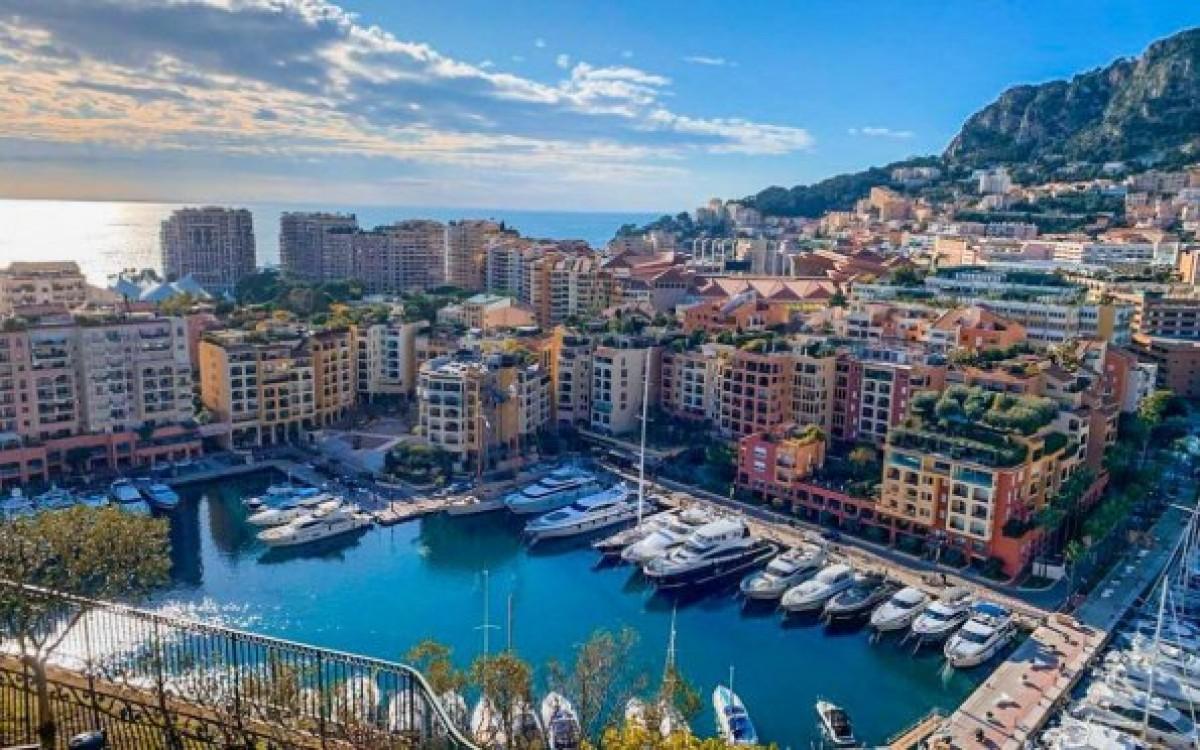 Mônaco é outro país, mas fica dentro da Riviera (Foto: Carla Passos)