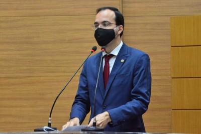 Georgeo Passos quer que Governo atualize vencimento dos servidores da Administração (Foto: Jadilson Simões/ Alese)