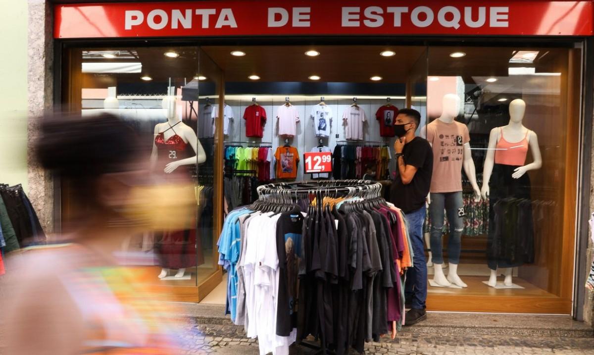 Comércio cresce 1,2% em julho e atinge patamar recorde, diz IBGE (Foto: Tânia Rêgo/ Agência Brasil)