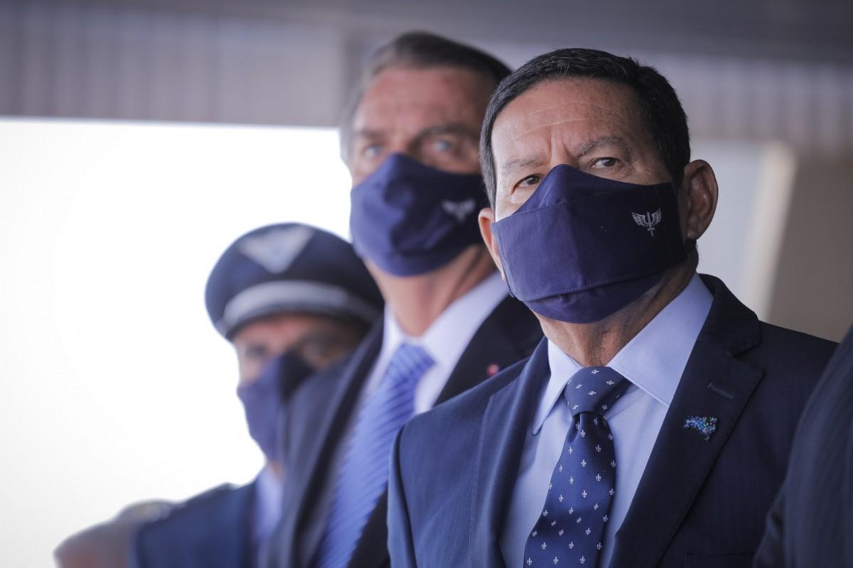 Cogitando concorrer ao Senado em 2022, Mourão busca estreitar relação com Bolsonaro (Foto: Bruno Batista/ VPR)