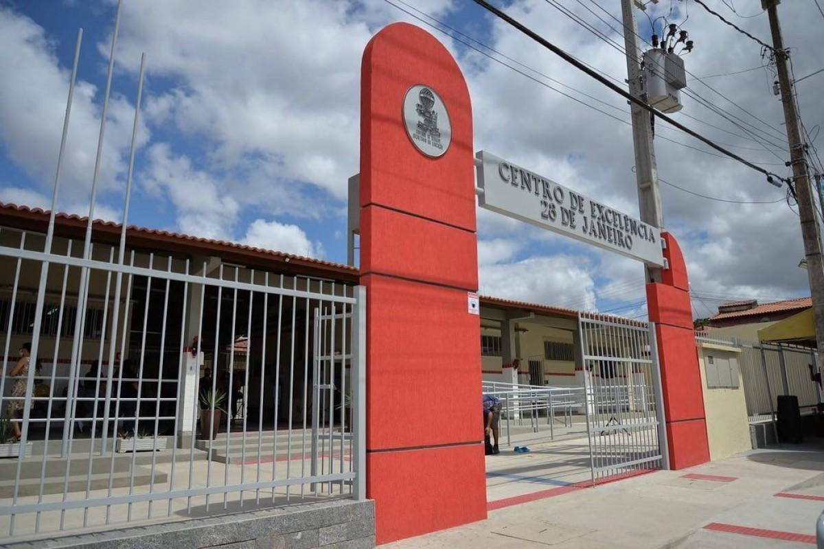 Inauguração da reforma do Centro 28 de Janeiro (Foto: Breno Couto)