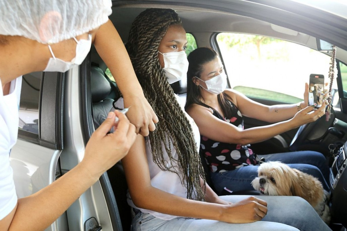 Ministério da saúde manda suspender vacinação de adolescentes (Foto: Ascom SMS Aracaju)