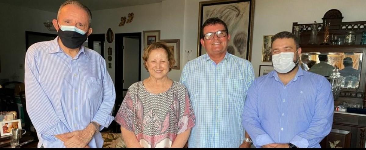 Dirigentes do DEM Sergipe discutem sobre a possível fusão de DEM e PSL (Foto: Assessoria DEM/SE)