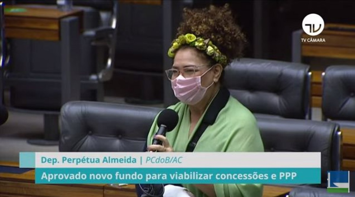 Deputados aprovam MP que muda as regras de fundos constitucionais (Imagem: Reprodução de vídeo/ YouTube/ Câmara dos Deputados)
