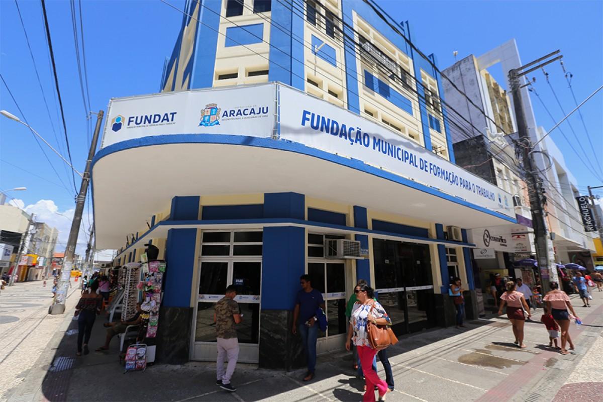 A sede da Fundat fica localizada no calçadão da rua João Pessoa, 127, Centro, e o horário de atendimento é de segunda a sexta, das 07h às 17h (Foto: Sérgio Silva/ PMA)
