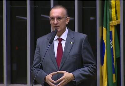Deputado Fábio Henrique recebe alta após ser internado com arritmia (Foto: Reprodução de vídeo/ Assessoria Fábio Henrique)