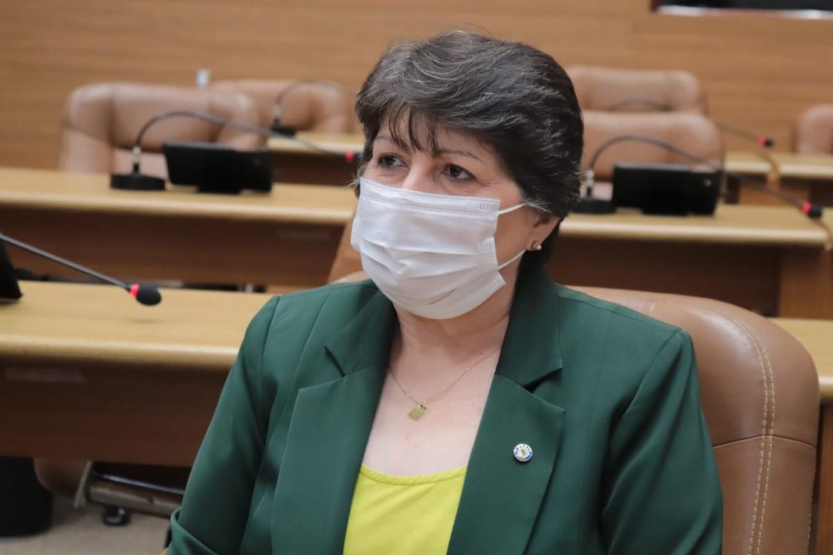 Maria Mendonça apela ao Governo para que extinga contribuição previdenciária dos aposentados e pensionistas (Foto: Jadilson Simões/ Alese)