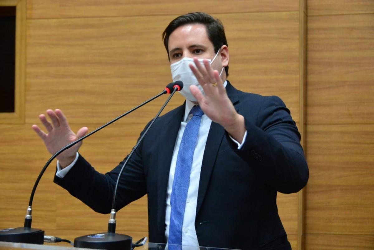 Rodrigo Valadares comemora aprovação de CPI em Sergipe (Foto: Assessoria Rodrigo Valadares)
